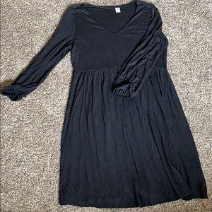 V-neck cinched waist dress